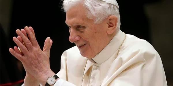 Um ano da renúncia do Papa Bento XVII