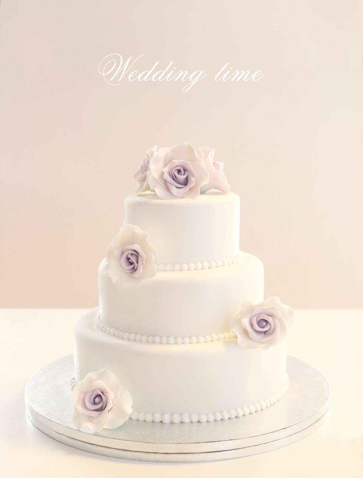 ¿Cuánto es un pastel de bodas