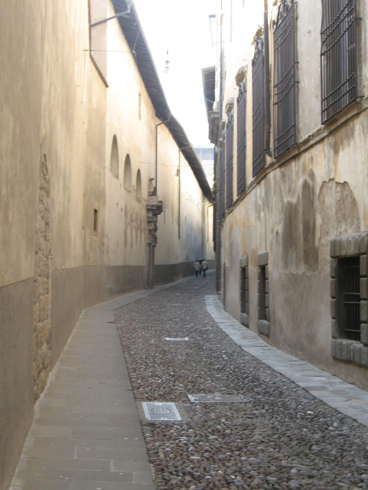 Bergamo: Via Arena