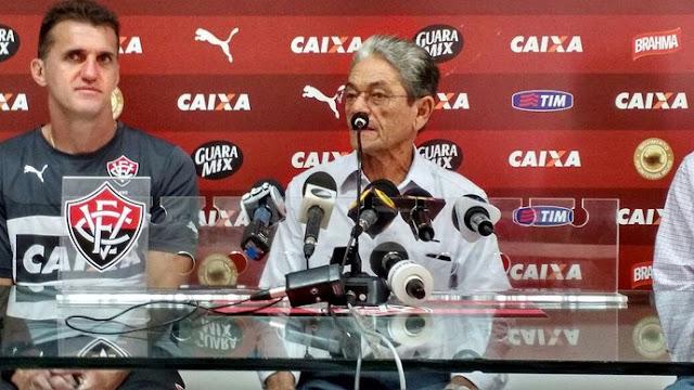 Vagner Mancini é apresentado no Vitória