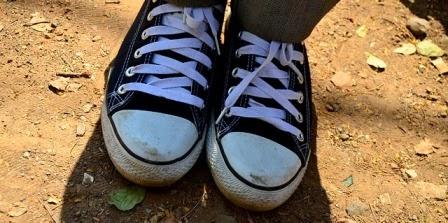 cara merawat, membersihkan, mencuci sepatu warna putih