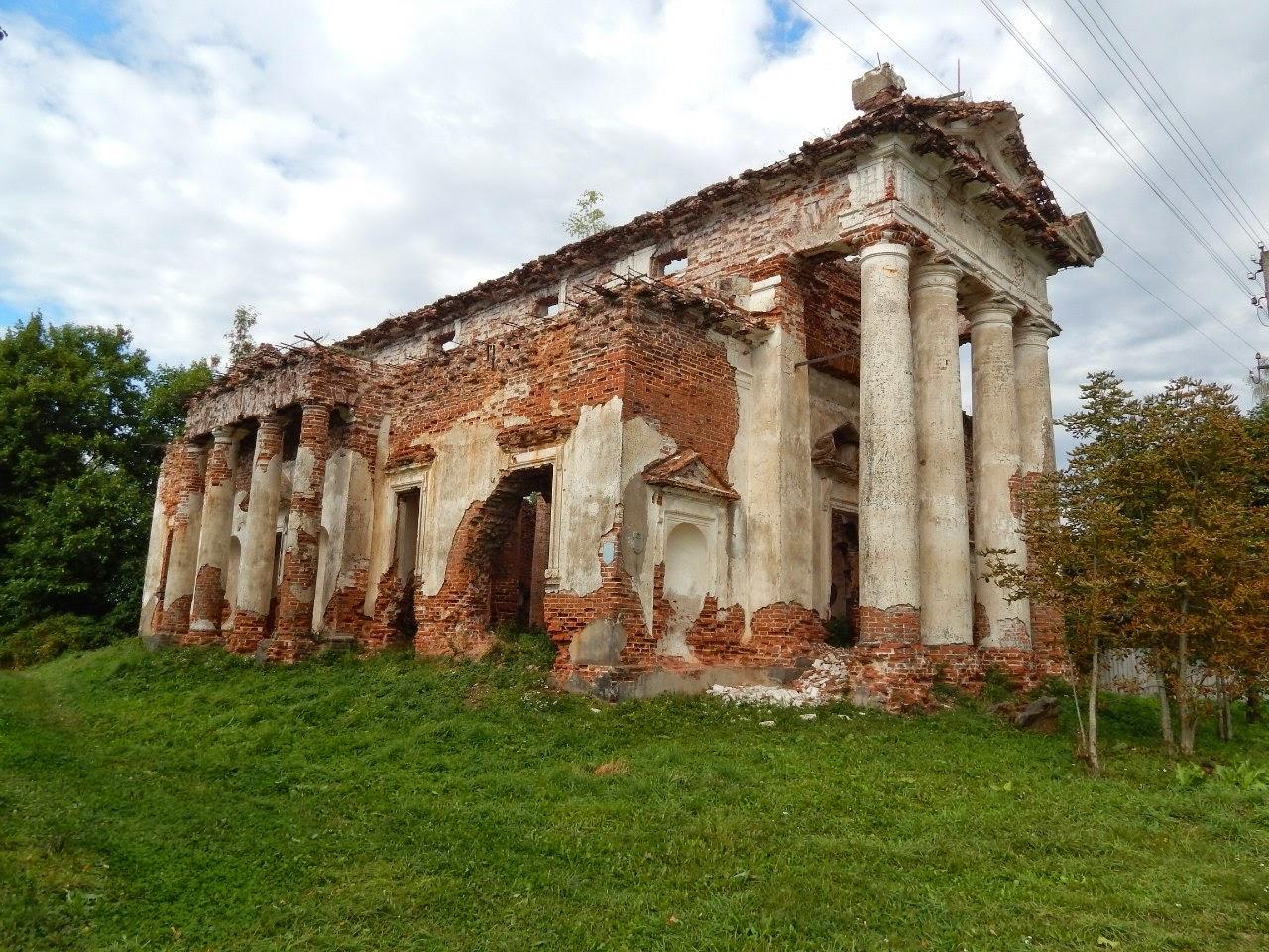 Костел в Рясно.