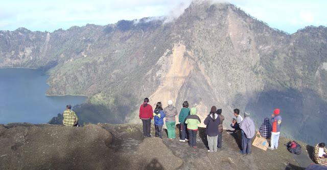 Plawangan Sembalun 2639 meter altitude