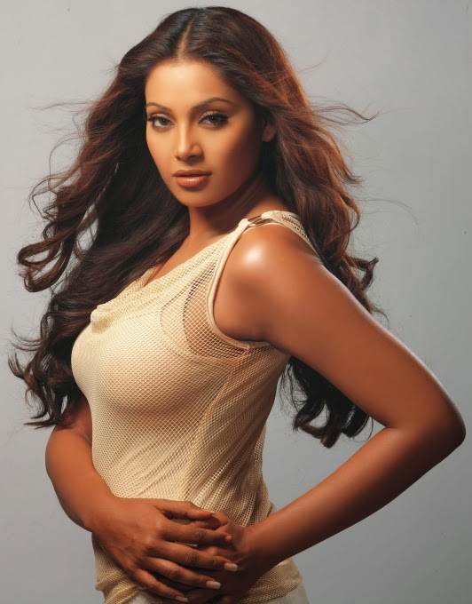 Bipasha basu new horror movie - 8