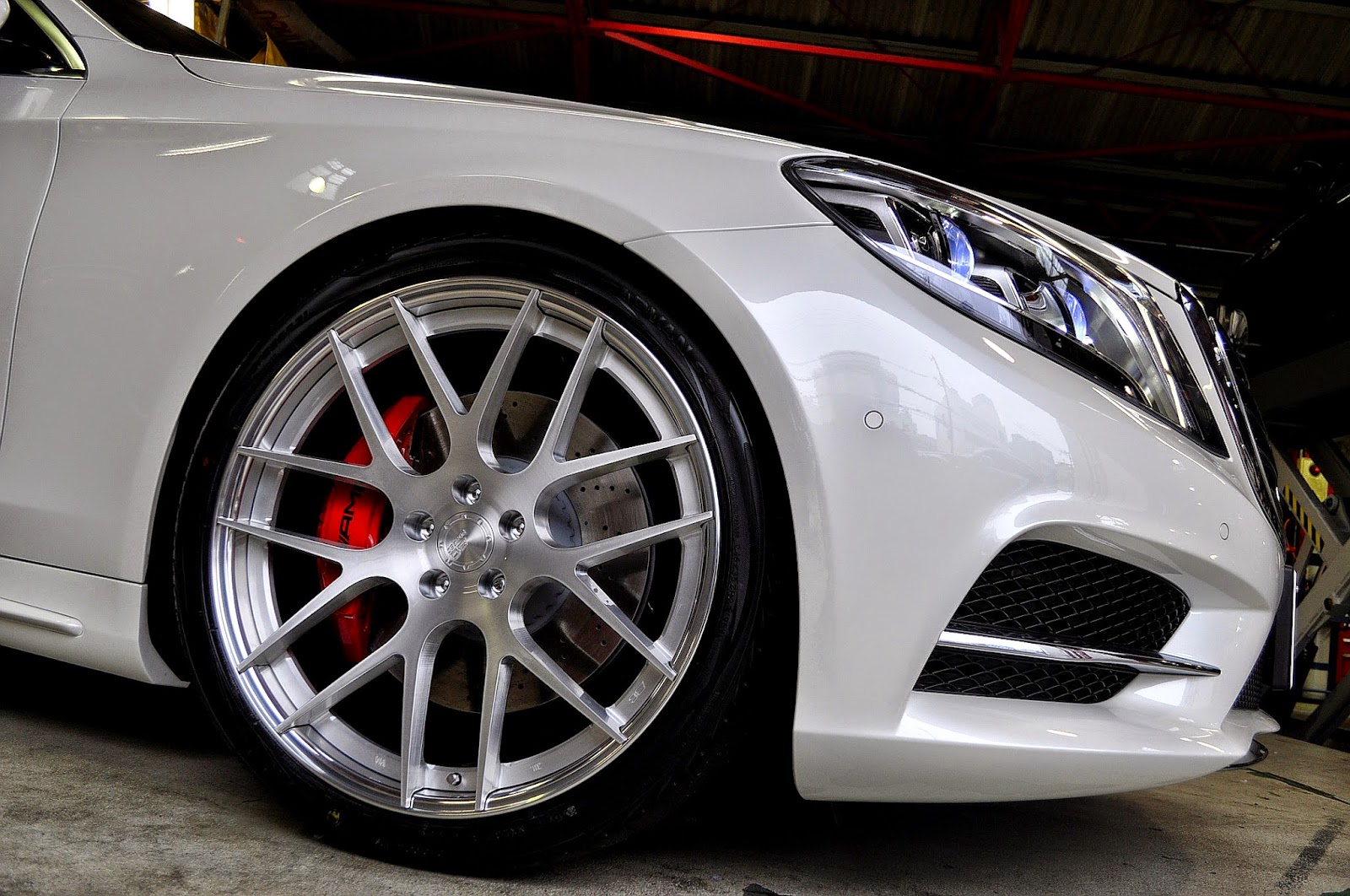 Mercedes benz w222 s550 on bc forged wheels benztuning for Mercedes benz wheels rims