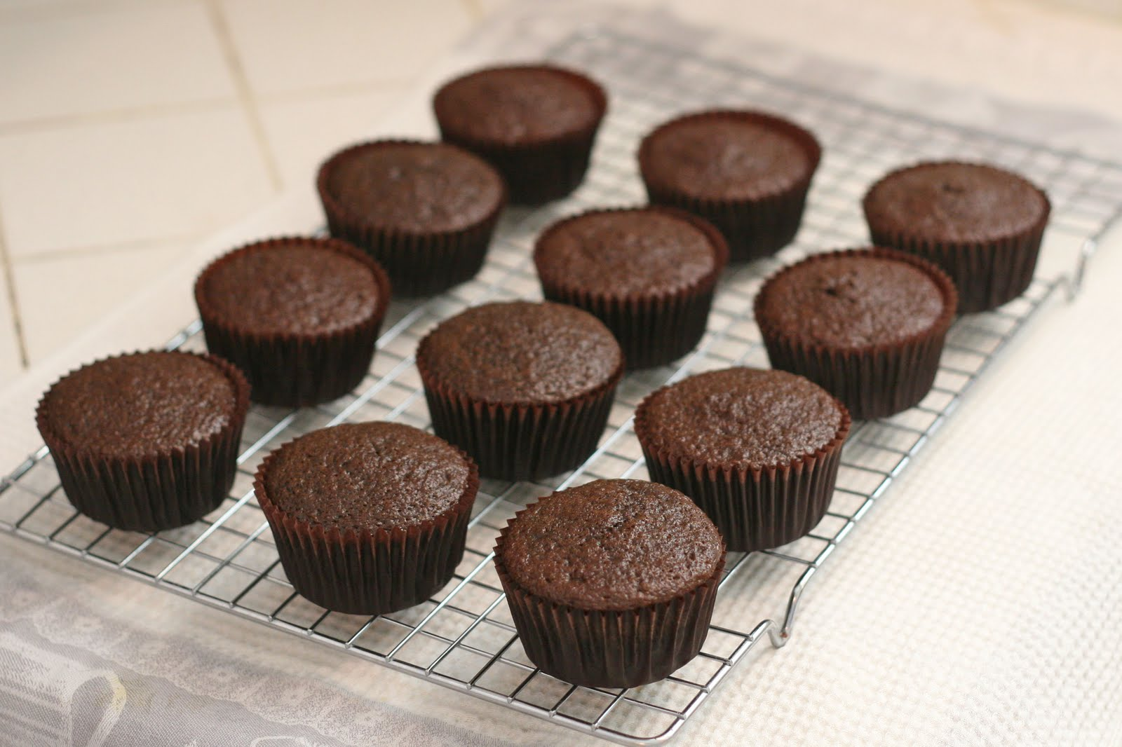 Can You Use A Cake Pan On Stove