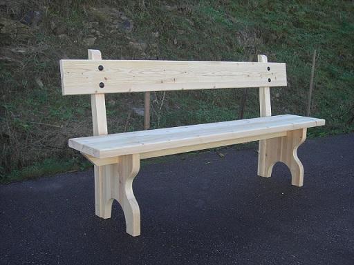 Actividades escolares bancos rusticos de madera muy - Bancos de jardin de madera ...