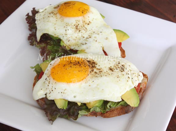 My Kitchen Snippets: Open- Face Egg Sandwich