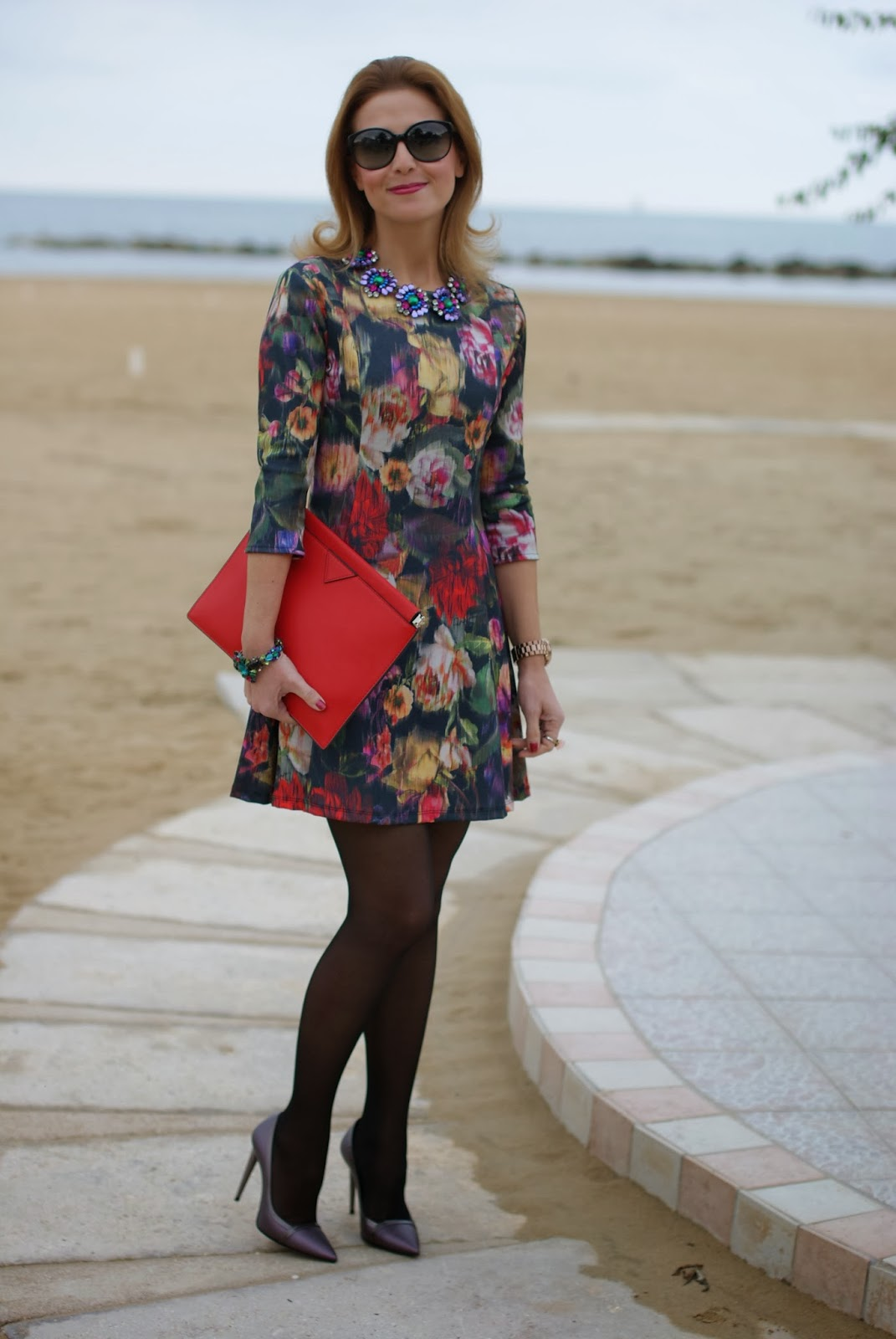 floral dress, Zara red clutch, Fabi shoes, Mercantia gioelli, Fashion and Cookies, fashion blogger