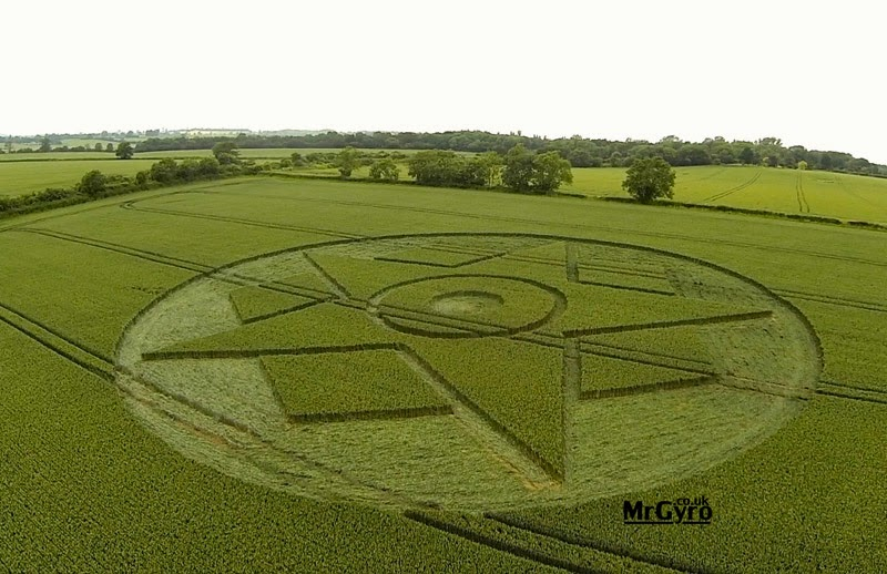 Worcestershire United Kingdom  city photos gallery : ... Killuminati: CROP CIRCLE Worcestershire, United Kingdom , 14 JUNIO
