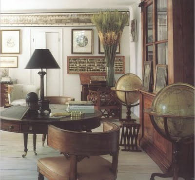 From The Ceiling Molding I Believe This Room Is His NYC Apartment Not Connecticut But Leather Chair And Books Antiques