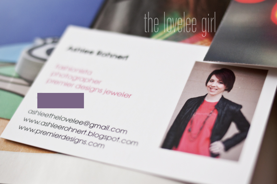 The lovelee girl moo i cant wait to start passing them out moo has my cards saved so when i run out i can order more or edit them if i need to thanks klout and moo colourmoves