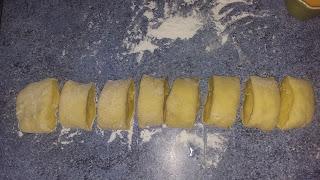 découpé la pâte en 8