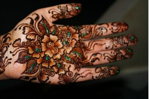 Mehndi Designs With Flowers : Mehndi 360: flower designs