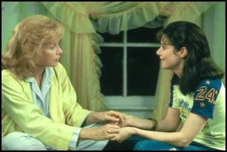 Shirley McLaine y Debra Winger en La fuerza del cariño