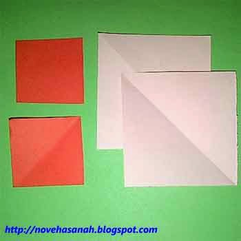 bahan pembuatan bunga kertas berupa kertas ukuran 3 cm