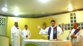 A celebração da missa na Capela