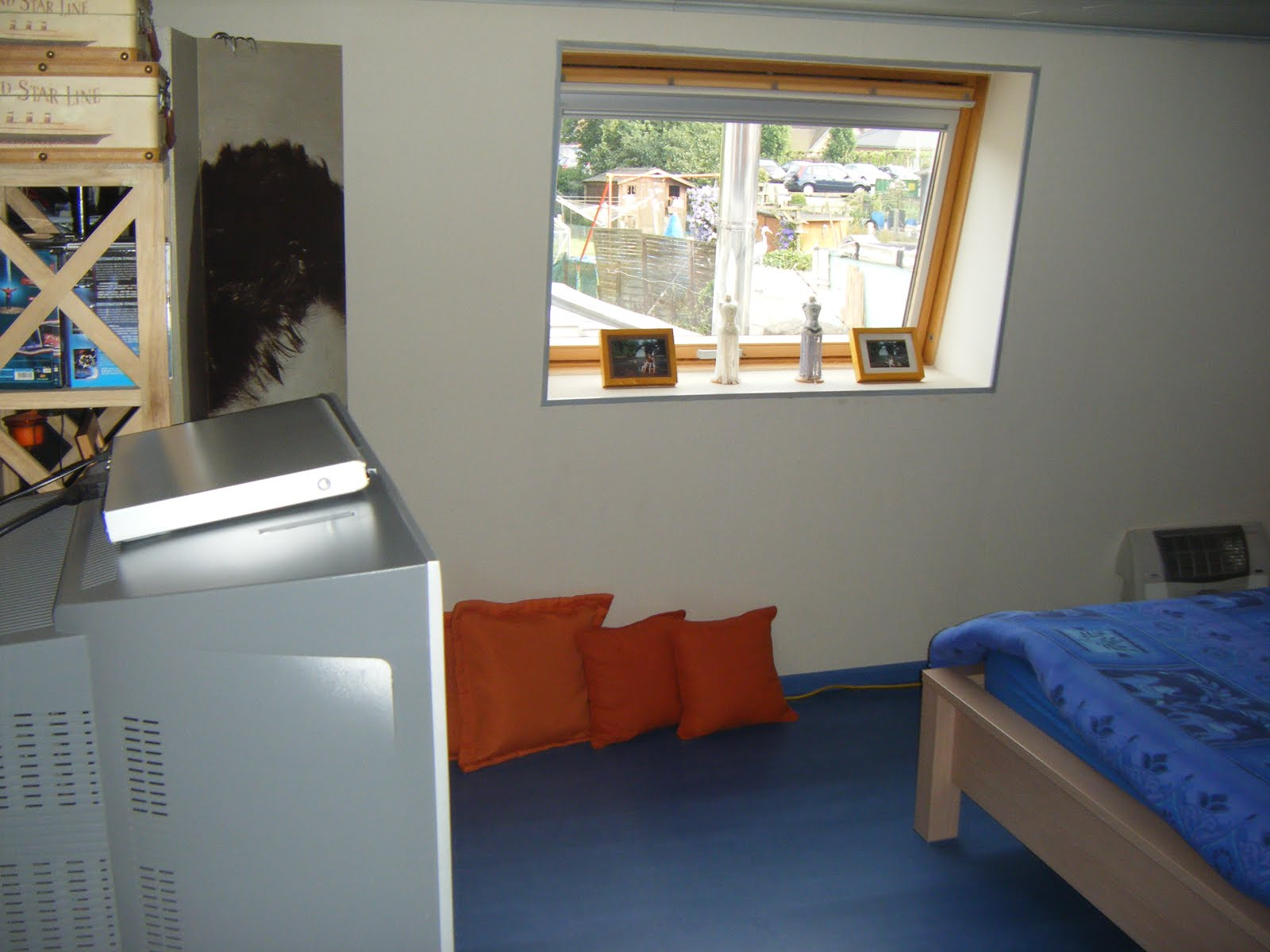 Chambre Mansardee Bleu ~ Idées de Design D\'intérieur et De Meubles