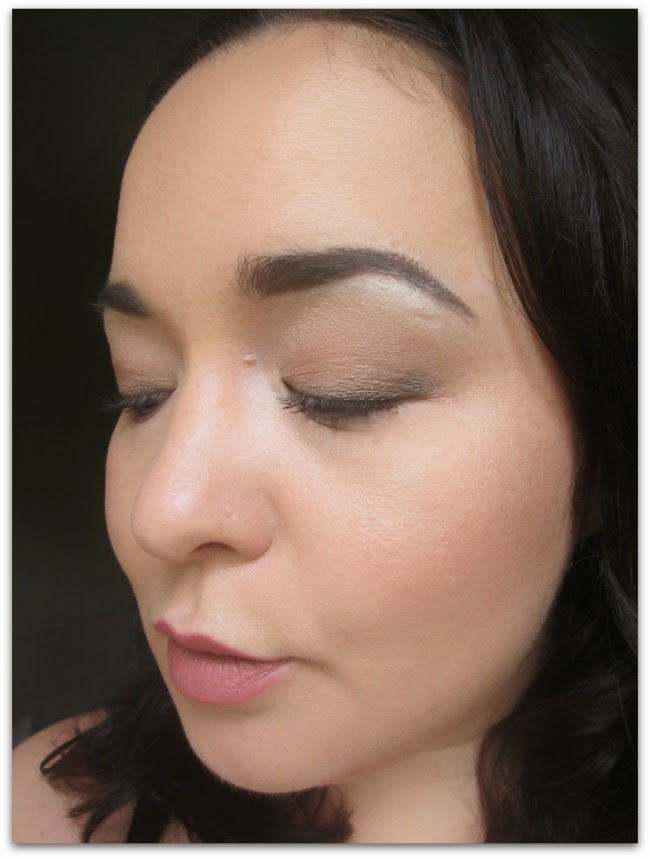 Bobbi Brown New Smokey Nudes Face Swatches