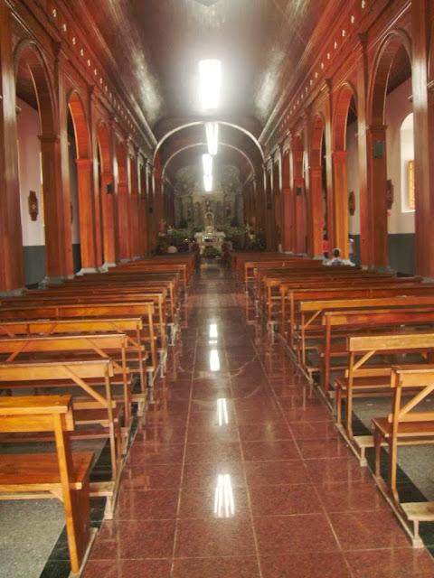 Interior de la Iglesia de Ilobasco