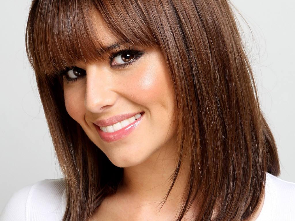 http://1.bp.blogspot.com/-6h3xmoquhjo/TkzUm-eoq1I/AAAAAAAAAlE/0SUnm3q0jKc/s1600/Cheryl-Cole.jpg