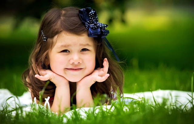 2357-Smiling Child Girl HD Wallpaperz