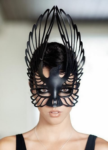 Fetish Inspirations : Birdy Blask Mask