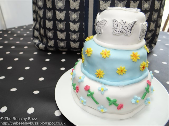 The Beesley Buzz: My miniature three-tiered Wedding cake inspired by ...