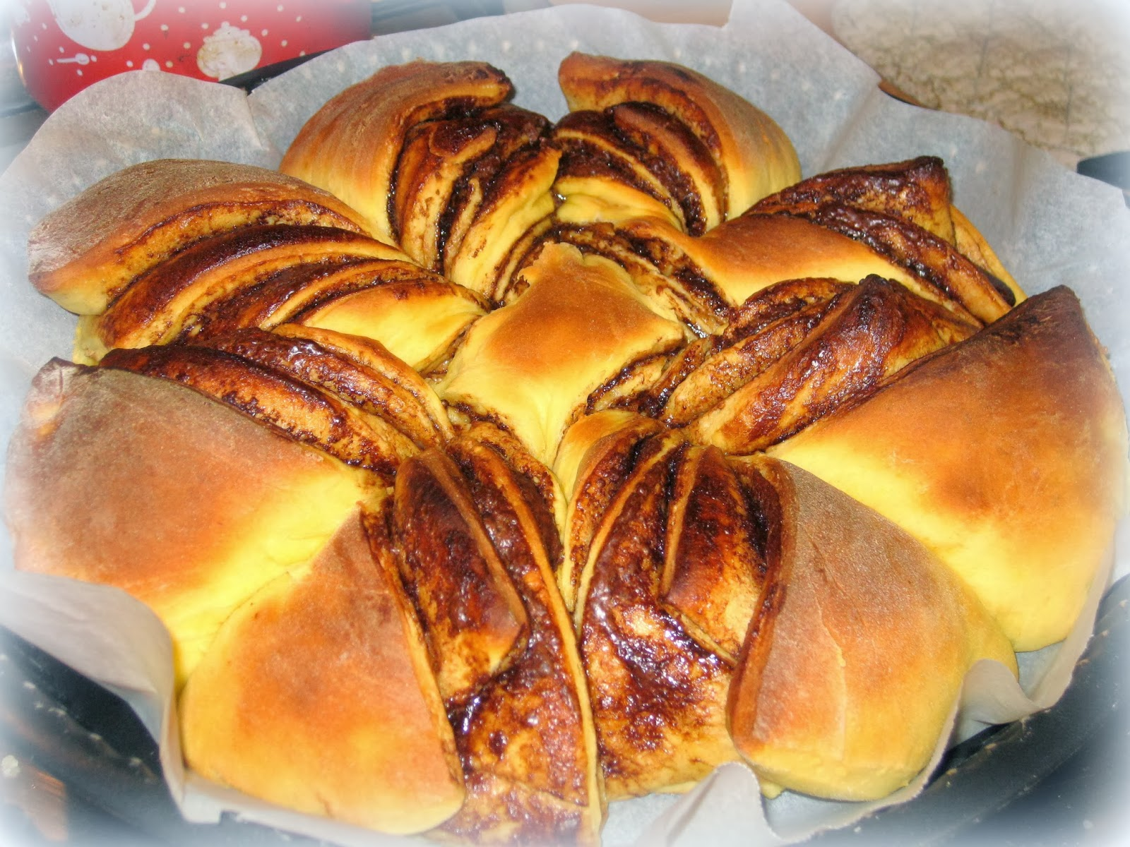 La ricetta dolce del Pan Brioches alla Nutella è morbida, bella da presentare e davvero golosa. Perfetta per festeggiare un compleanno.