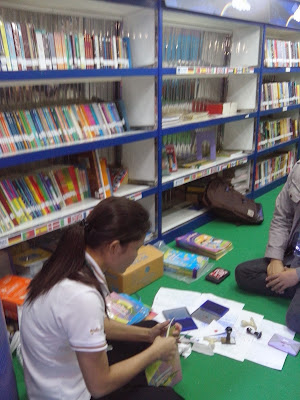 Library bus Bangkok World Book Capital 2013