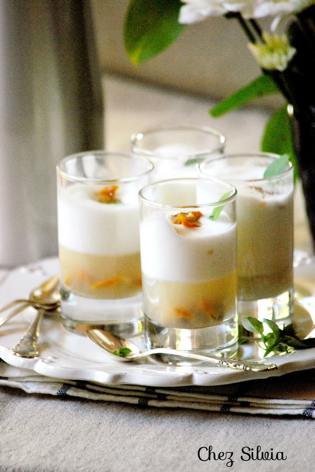 Gelatina de berberechos con espuma de lim n y ginebra - Espuma de limon ...