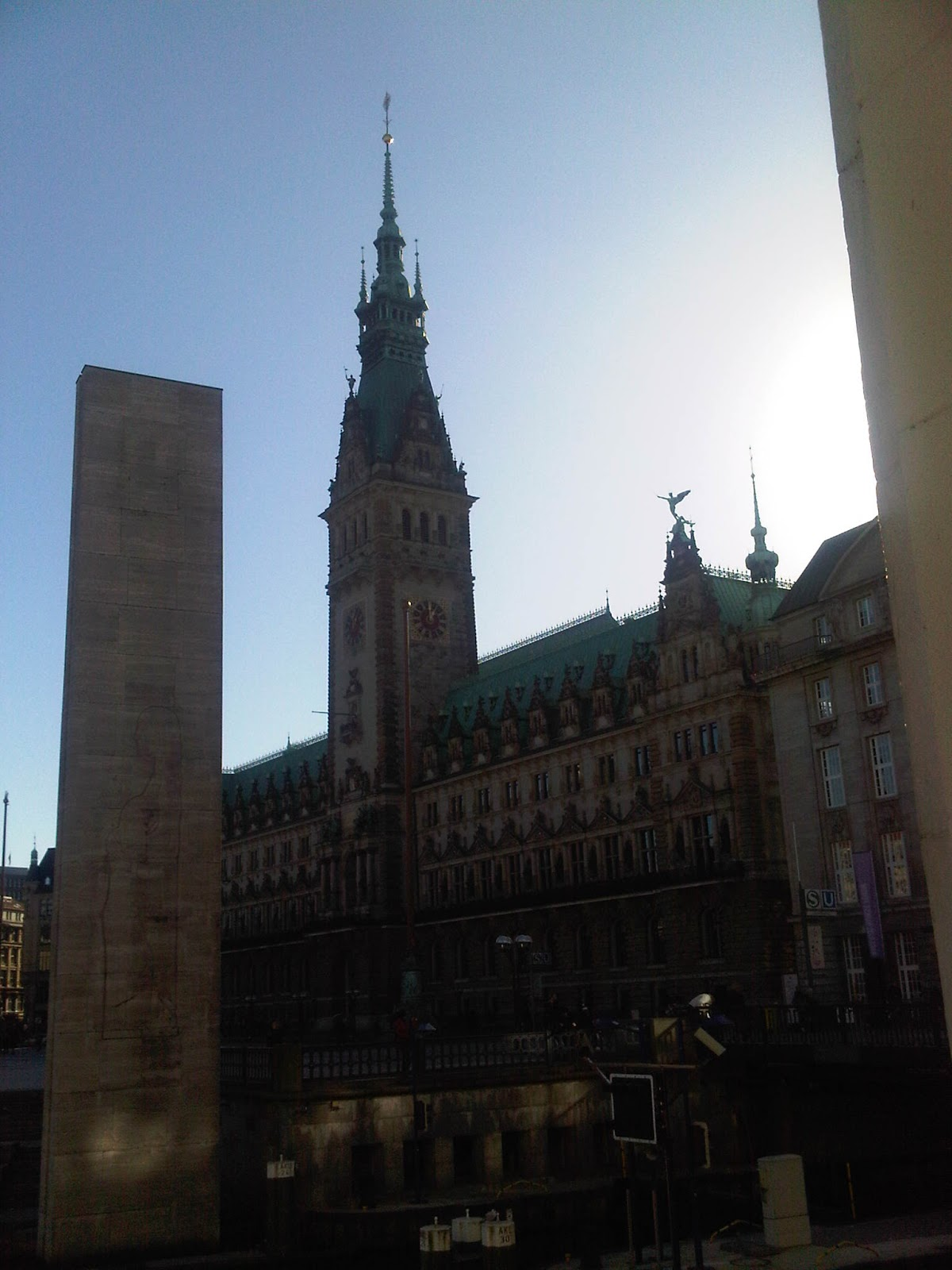 Rathaus Hamburg Nachmittags-Sonne