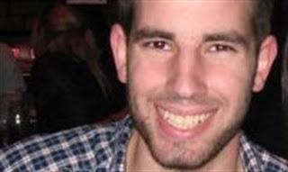 Jogador de basquete israelense morre após ser ferido por palestinos em tiroteio