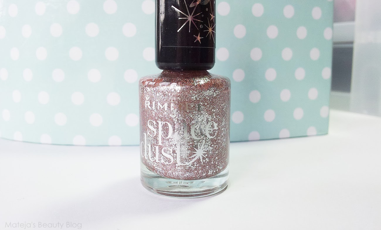Star dust nail lacquer guerlain 25 - Two Coats Is Enough For Full Coverage Which Is A Surprise Given My Experience With Glitter Polishes Which Usually Need Countless Layers
