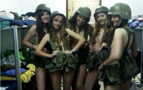 Chica Se Saca Foto En La Casa Desnuda - Part 2
