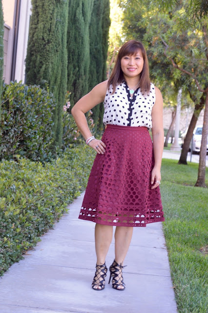 J Crew Perforated eyelet a-line skirt, OC Blogger, Over 40 fashion