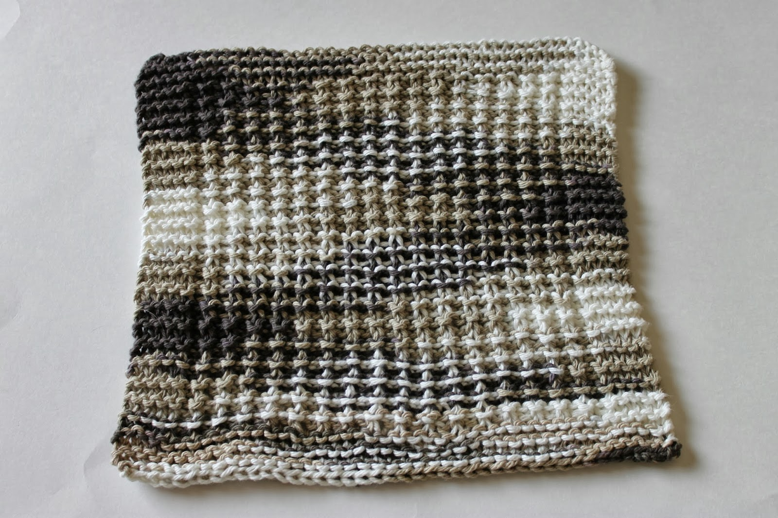 Stay@Home Stitchings: Nubby Sand Dishcloth Pattern