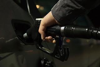 El IPC cierra el año al cero por ciento, por gasoil y lubricantes