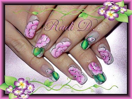 Декорация с розови цветя