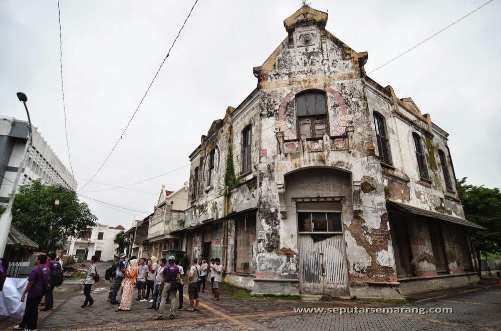 arsitektur kolonial kota lama semarang