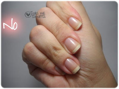 how-to-photograph-your-nails