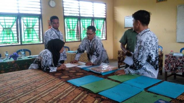 Hari pertama Ujian Nasional di SMK Negeri 2 Tambusai Utara