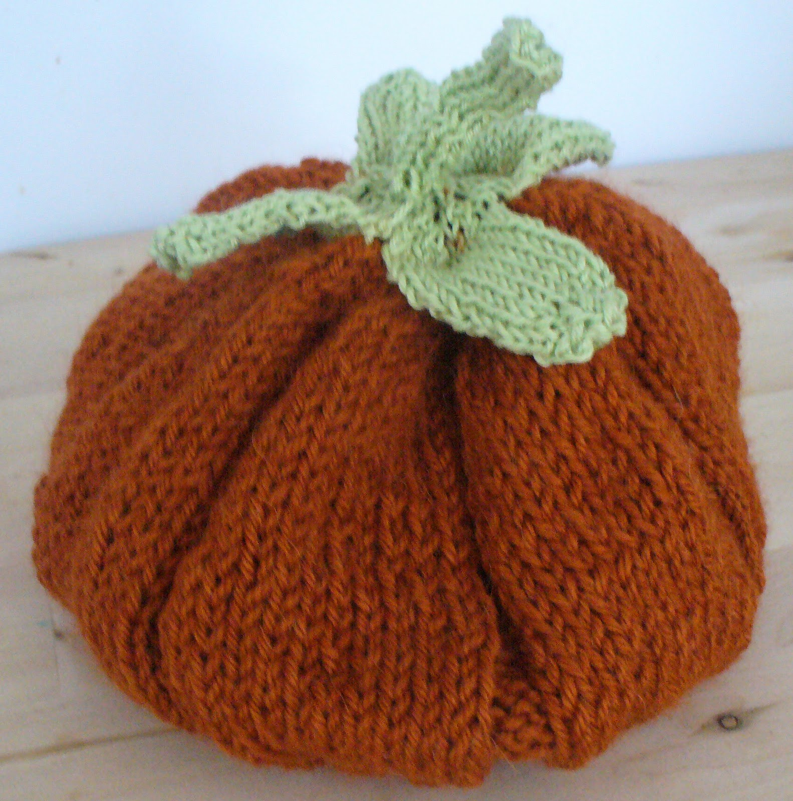 The Feisty Redhead: Knitted Pumpkin Hat