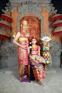 Pakaian Tradisional Bali