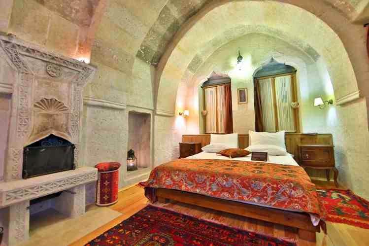 hotel cueva en la Capadocia