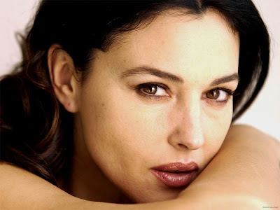 Monica Bellucci wallpapers famosas