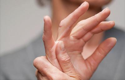 Apa Itu Rheumatoid Arthritis, Penyebab dan gejala Rheumatoid Arthritis,