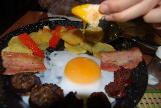 huevo de oca carnes exoticas bar macarena vallecas madrid