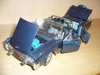 coche de John Fitzerald Kennedy en maqueta estatica a escala