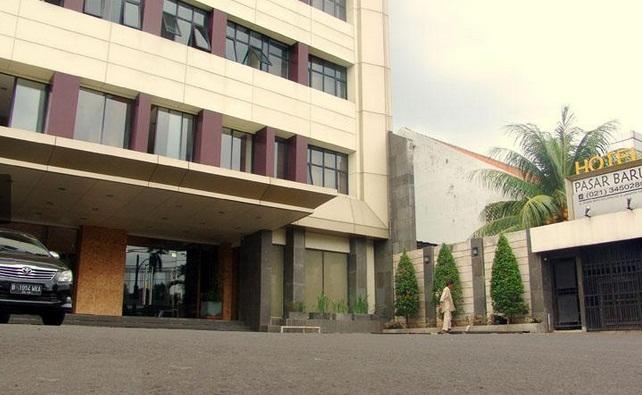 Hotel Yang Berlokasi Di Jl Pasar Baru Selatan No 6 Jakarta Ini Merupakan Berbintang Tiga Mempunyai Kamar Berjumlah 100